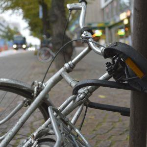 Polkupyörä lukittuna