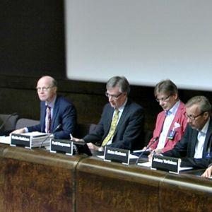 Kimmo Sasin mukaan talousasiantuntijoiden kuulemisesta on tarkoitus tehdä jokasyksyinen uusi perinne.
