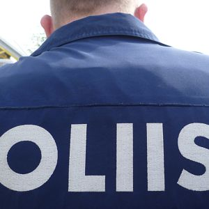 Poliisimies
