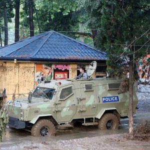 Poliisi on ampunut eläintarhasta karanneita eläimiä.