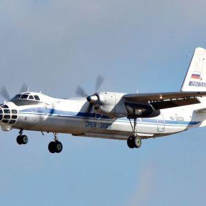 Venäläinen Antonov lentokone suorittamssa Open Skies -sopimuksen mukaista lentoa.