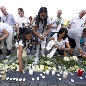 Sadat ihmiset osallistuivat alasammutun malesialaiskoneen muistomarssille Maastrichtissa, Hollannissa 31. heinäkuuta 2014.