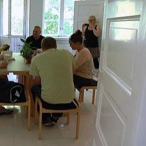Ensimmäinen Fiskarsin kylätilassa pidetty kokous käsitteli tulevaa nuorisotoimintaa.