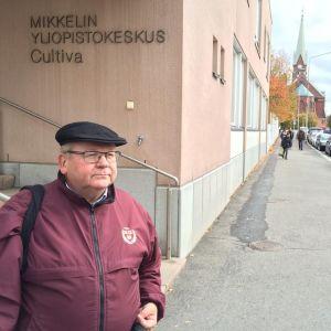 Aalto-yliopiston pienyrityskeskuksen tutkimusjohtaja Markku Virtanen.