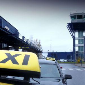 takseja Oulun lentoasemalla