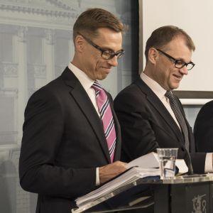 Hallituksen tiedotustilaisuus Valtioneuvoston linnassa.
