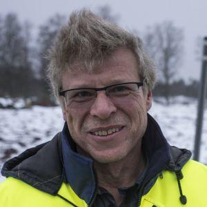 Luodon tekninen johtaja Bjarne Häggman Svedevägenillä