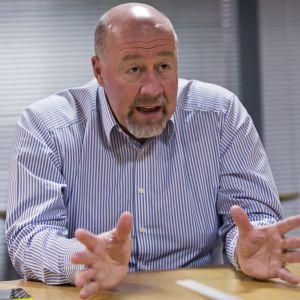 Maahanmuuttoviraston turvapaikkayksikön johtaja Esko Repo.