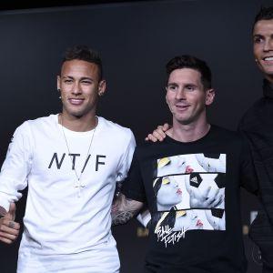 Neymar, Messi ja Ronaldo Kultainen pallo -gaalassa