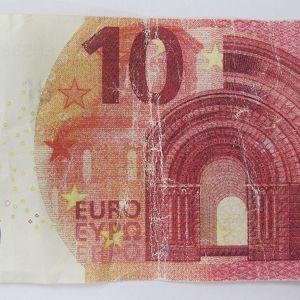 Poliisin kuva väärästä 10 euron setelistä