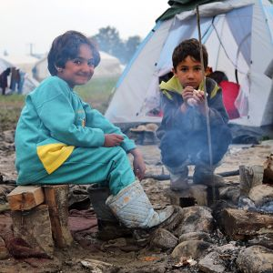 Cherson pakolaisleiri. Kaksi lasta.