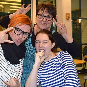 Kristiina Hanhimäki, Kirsi Pitkonen ja Hanna Lindroos radiostudiossa
