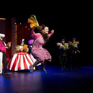 Iso kiltti jätti Rovaniemen teatteri ensi-ilta 23.4.2016