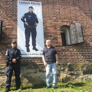 Linnan poliisit