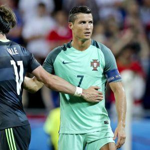 Walesin Gareth Bale ja Portugalin Cristiano Ronaldo.