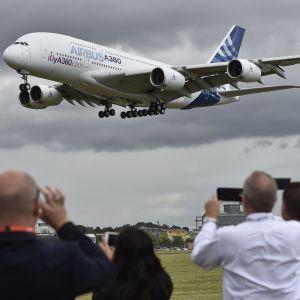 Airbus A380 Farnboroug 2016