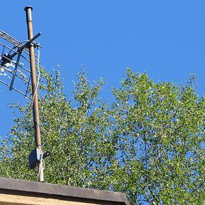 Televisioantenni katolla.