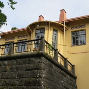Villa Rana puutarhasta kuvattuna