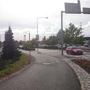 Moottoritierampin valmistuminen vauhdittaa Sukari Konsernin ja SSR:n kauppakeskushanketta Kotkan Jumalniemessä
