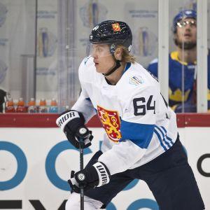 Mikael Granlund, #64