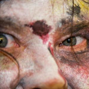 Zombie, elävä kuollut.