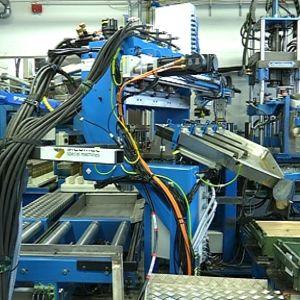 Räjähteitä ourkava laitteisto on monimutkainen kokonaisuus, mutta turvallinen ja tehokas.