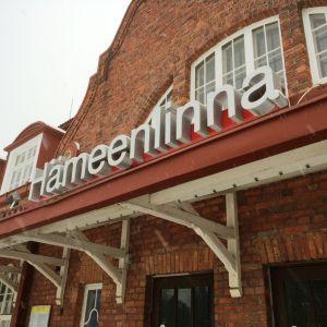 Hämeenlinnan juna-asema