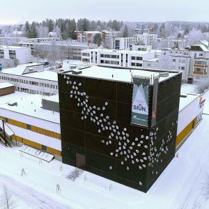 Teatteri Imatra ilmasta kuvattuna.