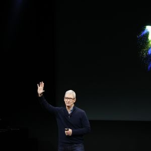 Applen toimistusjohtaja Tim Cook kuvattuna lokakuussa 2016.