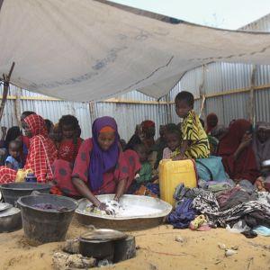 pakolaisia kankaan alla somaliassa