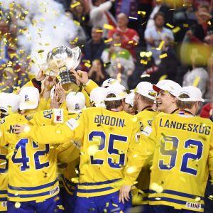 Ruotsi juhlii maailmanmestaruutta.