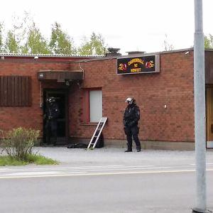 Cannonballin tilat Ulvilassa, poliisioperaatio