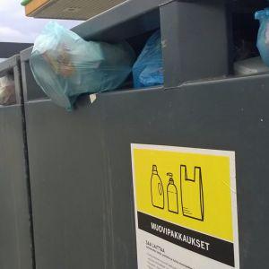 Pakkausmuovin keräyspiste