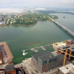 salmisaari voimala helen torni näkymä maisema helsinki lauttasaari