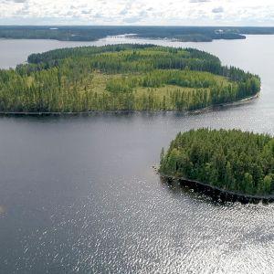 Kotasaari ja Haapasaari (takana)