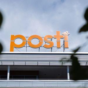 Postin pääkonttori Helsingin Ilmalassa.