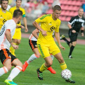 Martti Haukioja Ilves-paidassa ottelussa Valenciaa vastaan.