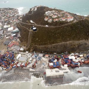 Hollannin puolustusministeriön jakama ilmakuva Saint-Martinin saaren tuhoista 6. syyskuuta.