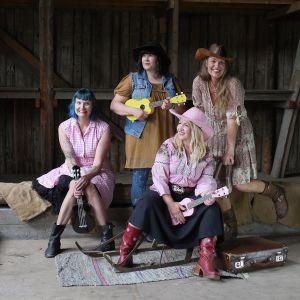 Hausjärveläinen yhtye Ukulikat