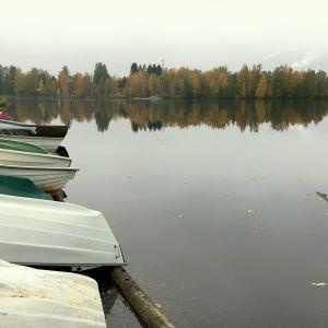 Veneitä Oulujoen rannalla