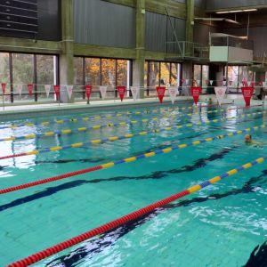 Kuopion uimahallin allas.