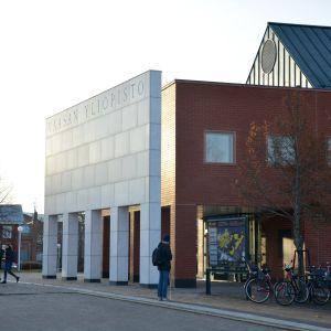 Vaasan yliopiston päärakennus