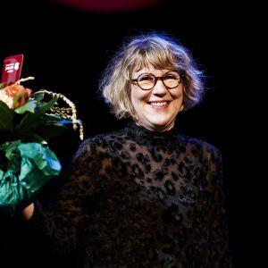 Toimittaja Riitta Kylänpää teoksellaan Pentti Linkola - Ihminen ja legenda voitti tietokirjallisuuden Finlandia-palkinnon Helsingissä 29. marraskuuta