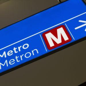 Metron opastekyltti