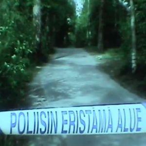 Polisin eristämä alue Helsingin Jollaksessa