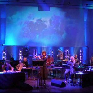 Karelian Skies 2018 -tapahtuman esiintyjät konserttilavalla.