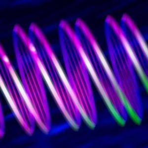 DNA-molekyl i neonfärger