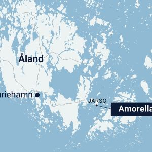 Viking lines fartyg m/s Amorella har gått på grund utanför Åland.