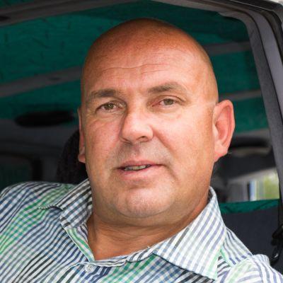 Antti Ruuskasen manageri Jarmo Hirvonen