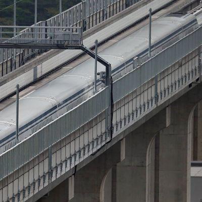 Magneettijunan testausta Japanin Yamanashissa.